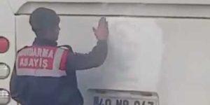 Elleri Öpülesi Jandarma!